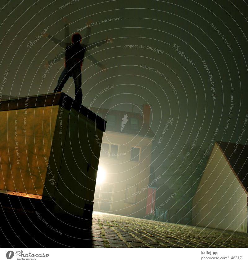 lebensfreude Mensch Mann Hand Stadt Haus Fenster Berge u. Gebirge Gefühle Architektur springen See Luft Linie Tanzen Glas fliegen
