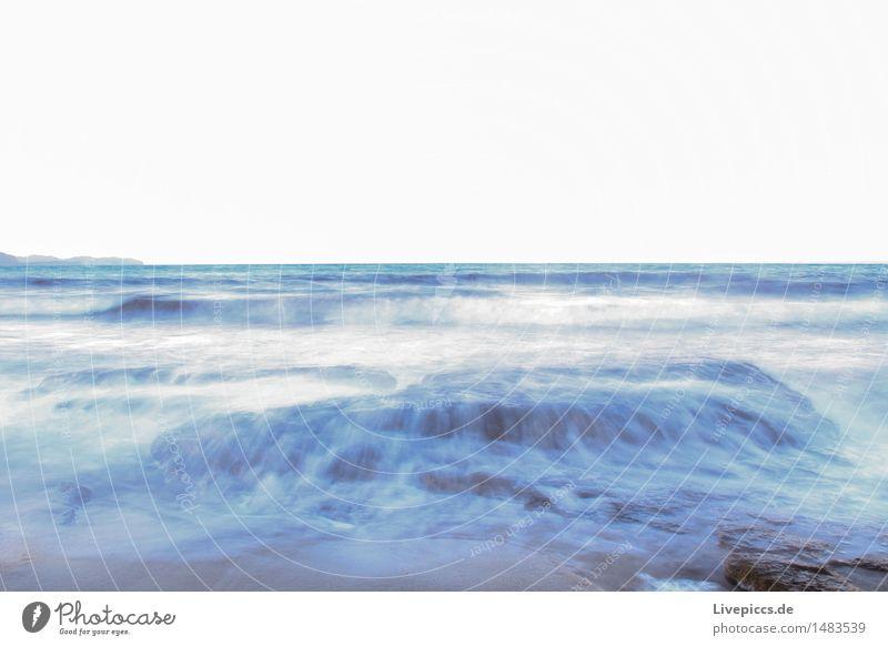 Mittelmeer Natur Wasser Himmel Wellen Küste ästhetisch außergewöhnlich blau gelb grau türkis weiß Farbfoto Außenaufnahme Dämmerung Sonnenlicht