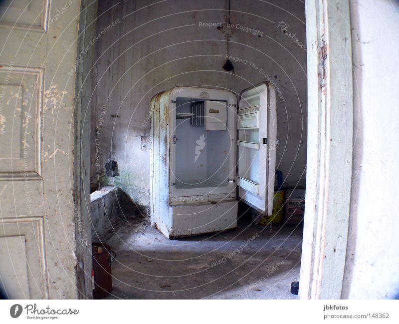 Abtauen muss sein alt blau weiß gelb Farbe kalt Ernährung Wand grau Lebensmittel Metall Farbstoff braun Tür Beton offen