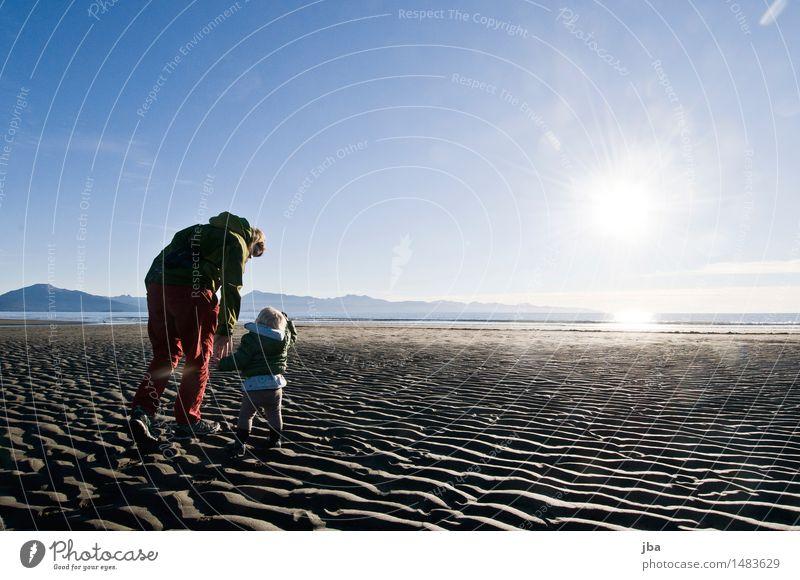 Strand entdecken - Alaska 19 Mensch Himmel Ferien & Urlaub & Reisen Jugendliche Meer 18-30 Jahre Erwachsene Umwelt Leben Herbst feminin Küste Sand Horizont