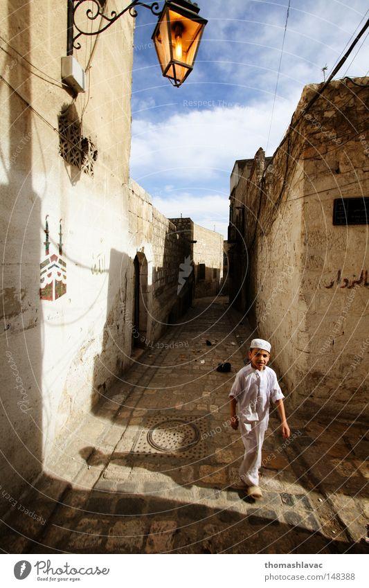 Kind Straße Junge Asien Naher und Mittlerer Osten historisch Tourist Syrien Altstadt Stimmungsbild Altertum Aleppo