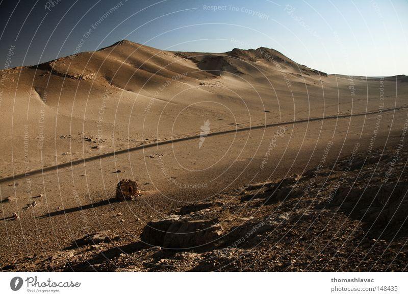 alt Sand Wüste Asien trocken historisch Ruine antik Syrien Naher und Mittlerer Osten Grabmal