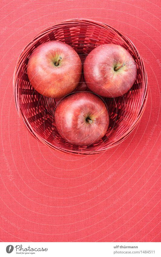 Äpfel Korb Tisch Gesunde Ernährung rot Leben Herbst Essen natürlich Gesundheit Garten Lebensmittel Wohnung Frucht Ernährung Tisch Fitness lecker Bioprodukte