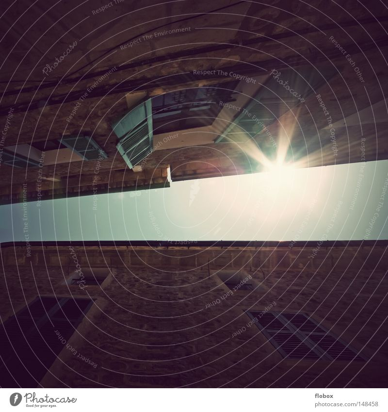 Aufwachen Himmel Stadt Sonne Sommer Ferien & Urlaub & Reisen ruhig Einsamkeit Haus Erholung Berge u. Gebirge Landschaft Gebäude Wärme Insel groß Tourismus