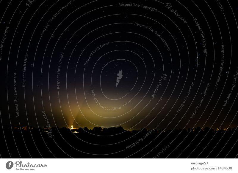 schwarzsehen | Licht in der Dunkelheit Himmel Stadt Sommer ruhig dunkel Umwelt Wiese grau Deutschland Horizont Stern Wolkenloser Himmel Kleinstadt