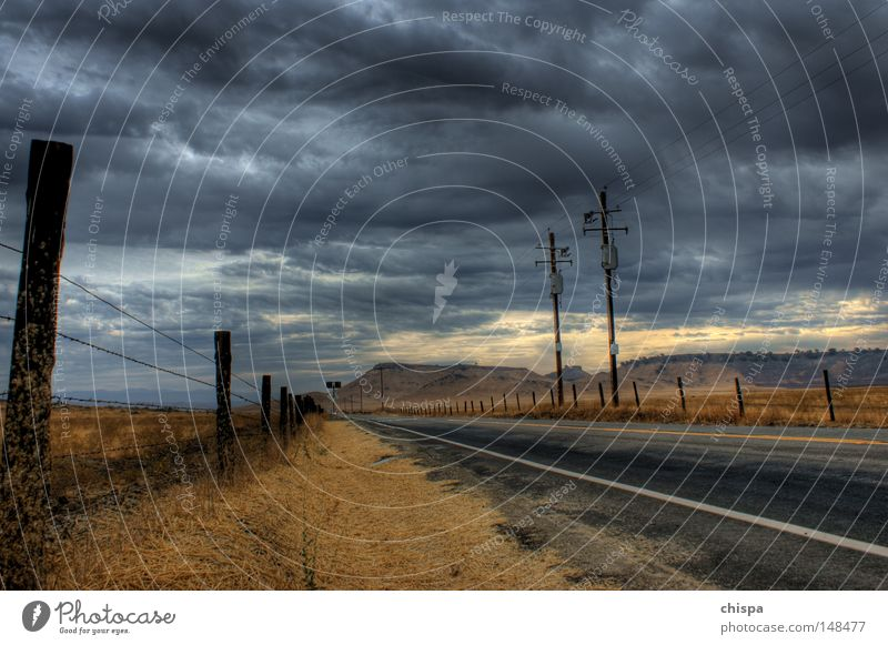 It never rains in Southern California Regen Wolken Dürre Landstraße Kalifornien Yosemite NP USA San Francisco Straße