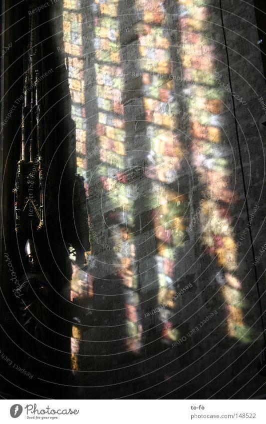heilig Religion & Glaube Kirche Christentum Dom Gotik Fenster Licht Lichterscheinung Kirchenfenster Gotteshäuser historisch Religion u. Glaube Architektur