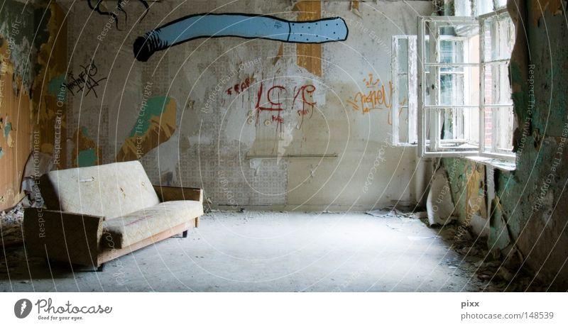 JointVenture alt blau Farbe Erholung Fenster Architektur Stil Raum offen Rauchen Vergänglichkeit streichen verfallen Rauschmittel Sofa Tapete
