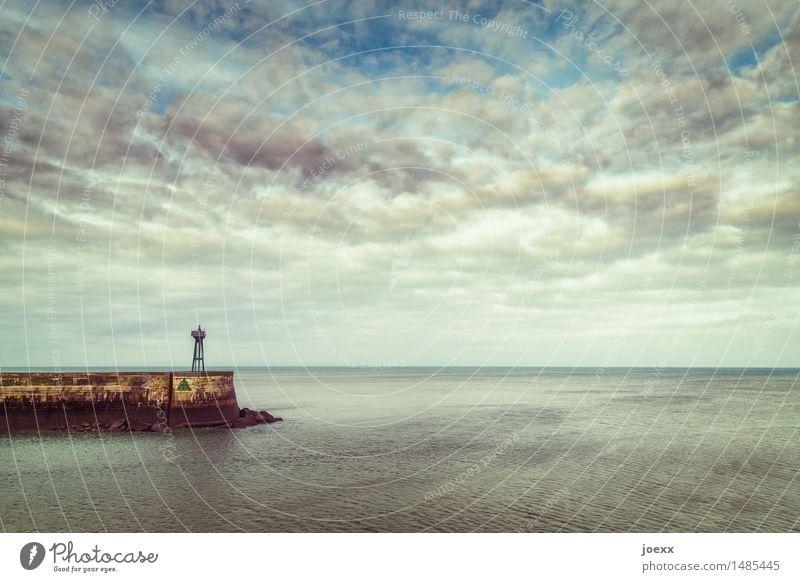 Alt aber stabil Himmel Wolken Schönes Wetter Küste Leuchtturm Schifffahrt Hafen alt frei Unendlichkeit blau braun schwarz Sicherheit ruhig Heimweh Fernweh Ziel
