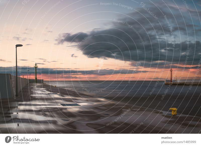 klarer Morgen Himmel Wolken Horizont Sonnenaufgang Sonnenuntergang Schönes Wetter Küste Ostsee Hafen blau braun gelb grün rosa rot Mole Leuchtfeuer Poller