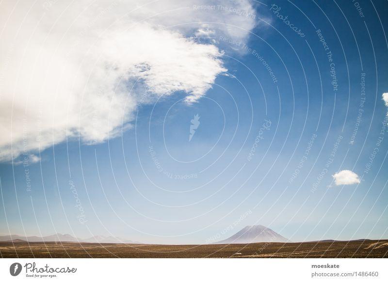 Volcan Misti Peru Himmel blau Sommer weiß Landschaft Wolken braun Sand Erde Schönes Wetter Vulkan Anden