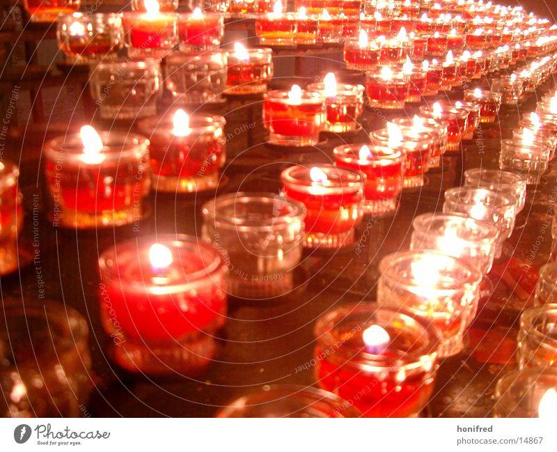 Scheinwelt Kerze Teelicht rot Licht obskur Religion & Glaube Weihnachten & Advent Gottesdienst Flamme Brand