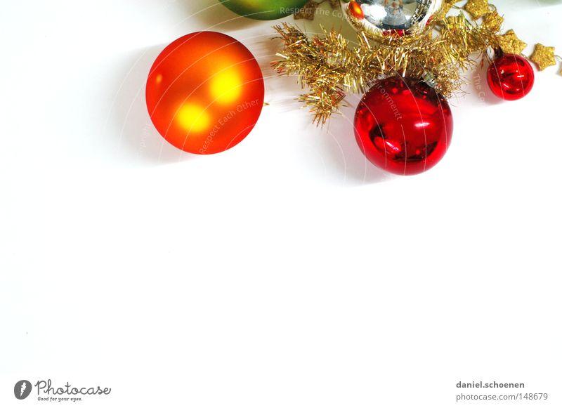 O Tannenbaum Weihnachten & Advent grün weiß rot Winter glänzend orange Dekoration & Verzierung Weihnachtsdekoration Freisteller rund Symbole & Metaphern Kugel silber Silber Christbaumkugel