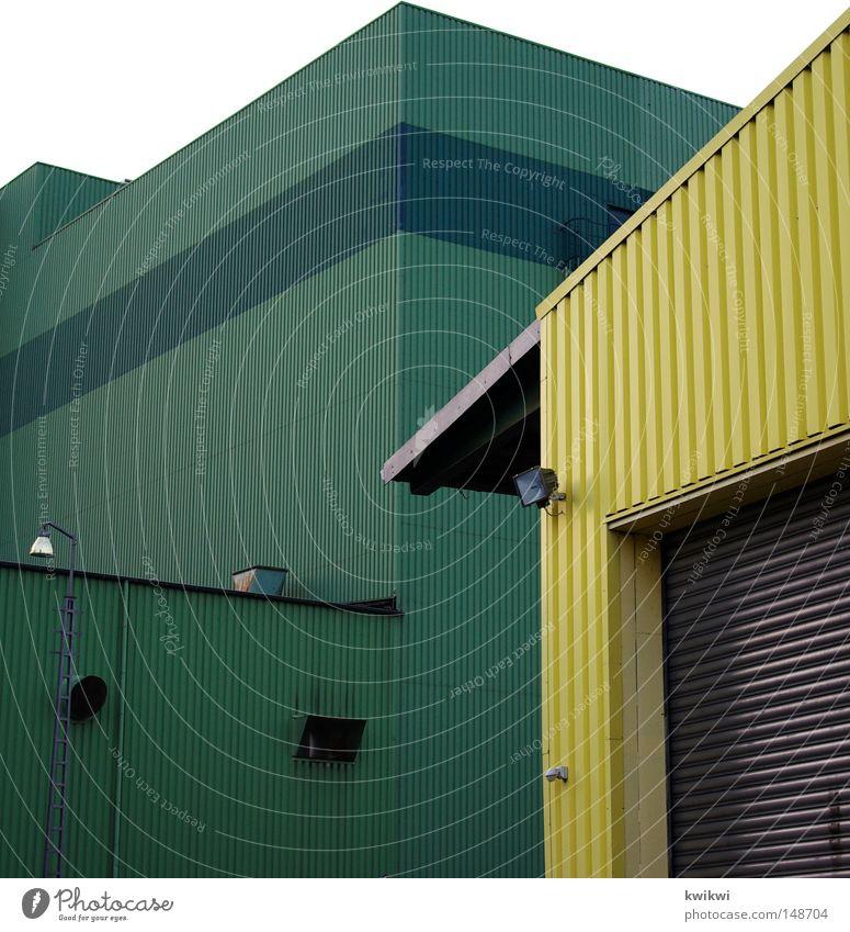 was auch immer.... Industrie Haus Gebäude grün gelb Ecke Technik & Technologie Techniker technisch Tor Garage Arbeit & Erwerbstätigkeit steril trist Langeweile