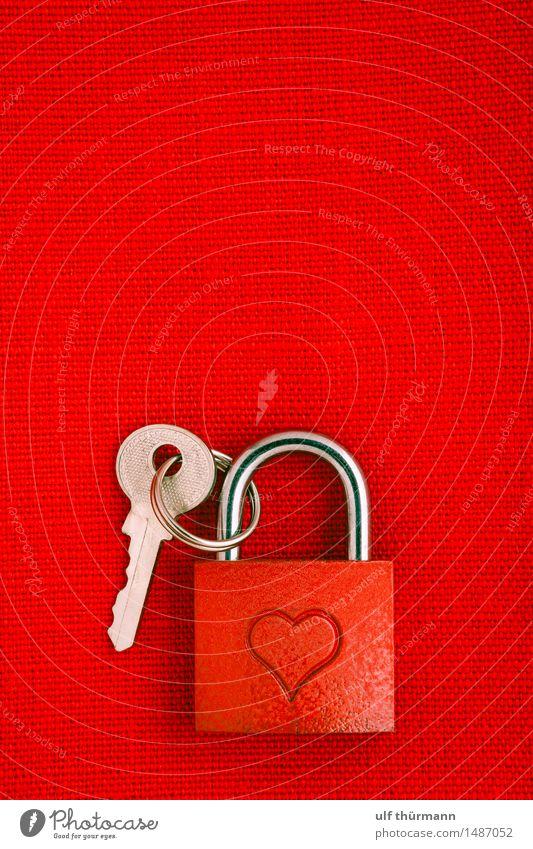 Liebesschloss Valentinstag Metall Zeichen Herz Schloss Schlüssel Gefühle Freude Glück Sympathie Freundschaft Zusammensein Verliebtheit Treue Romantik