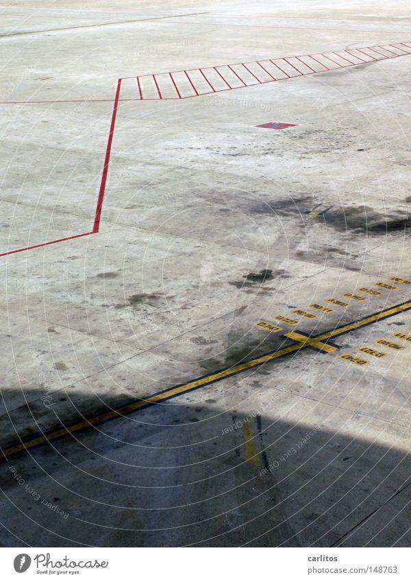 B-747 B-727 MD-80 MD-11 A-300 B-767 B-757 A-330 DC-10 Rauchen verboten Flugplatz Rollfeld Sicherheit einchecken Physik Stress Warteraum Luftverkehr einsteigen