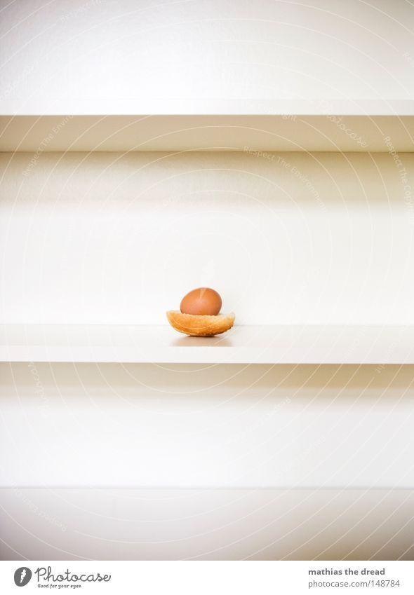 SONNTAGSEI Sonntag Ei braun weiß Oval rund Schalen & Schüsseln Haushuhn Brot Brötchen Ernährung Frühstück Regal lecker liegen abgelegen Platz Parkplatz