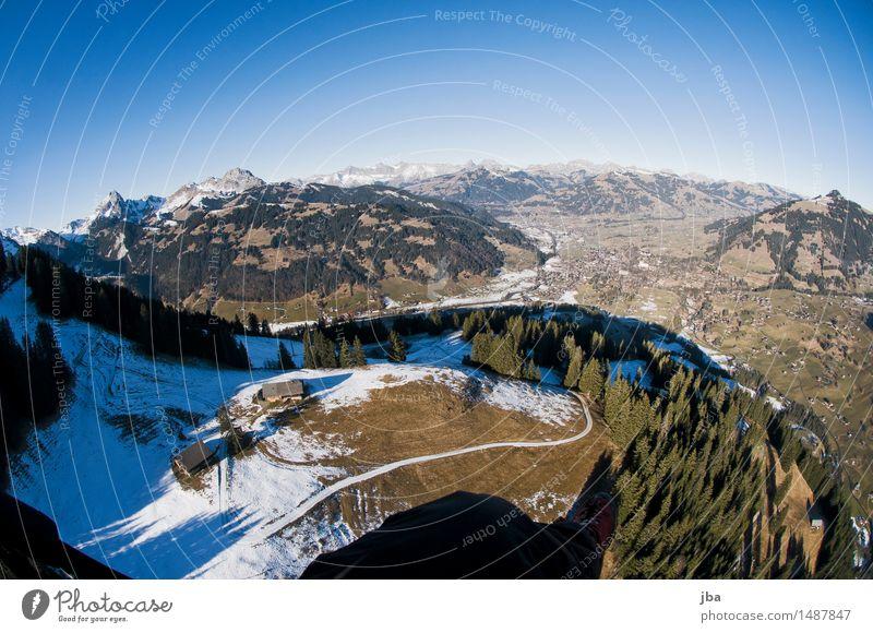 schöne Aussicht Himmel Erholung Landschaft ruhig Ferne Winter Wald Berge u. Gebirge Sport Lifestyle fliegen Luft Luftverkehr Ausflug Schönes Wetter Urelemente