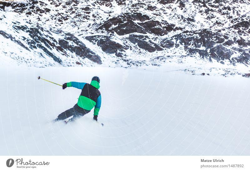 Skifahrer 1 Sport Wintersport Skifahren Skier Free-Ski Skipiste Mensch maskulin Junger Mann Jugendliche Umwelt Natur Landschaft Eis Frost Schnee Hügel Felsen