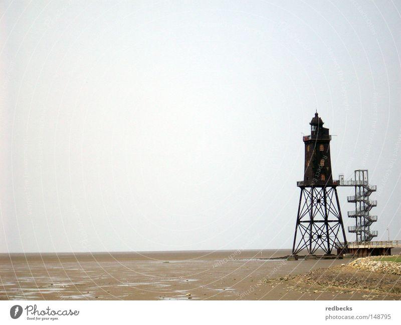 Leuchtturm bei Ebbe Architektur Wattenmeer Strand Wasser Meer Nordsee Deutschland Europa Leuchtfeuer Lampe Küste Gebäude Stahlverarbeitung Beleuchtung führen