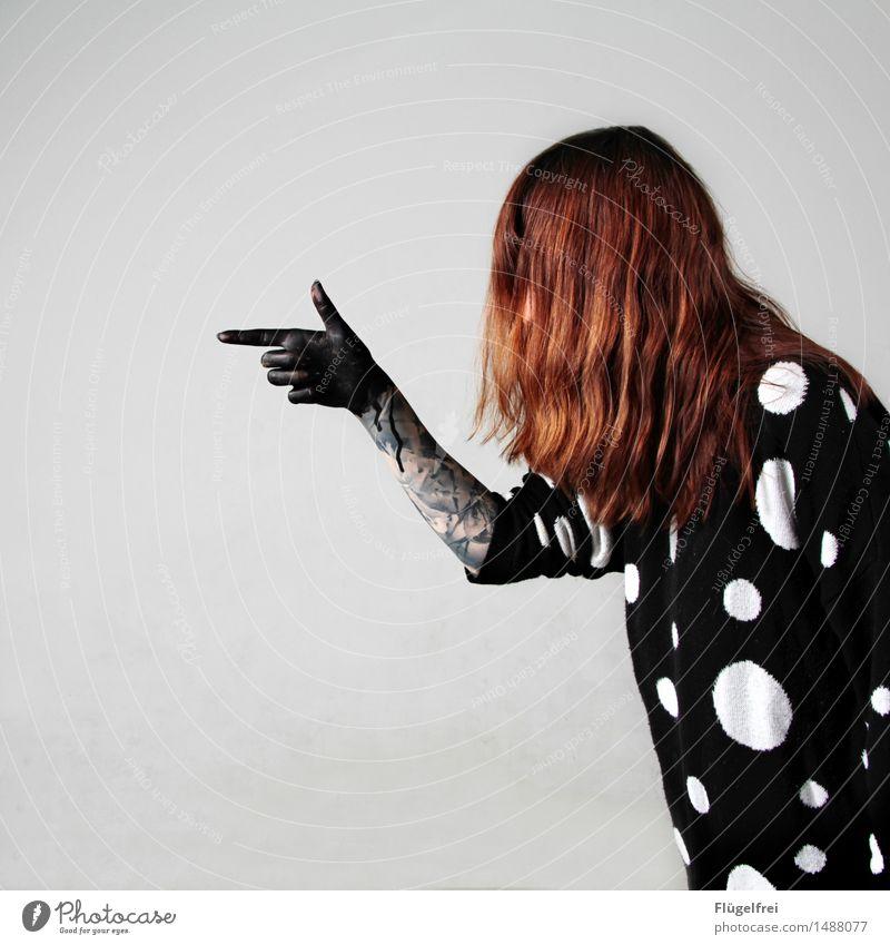 Blinde Gewalt feminin Frau Erwachsene 1 Mensch 18-30 Jahre Jugendliche blind Haare & Frisuren rothaarig Punkt schießen schwarz Wasserfarbe Hand