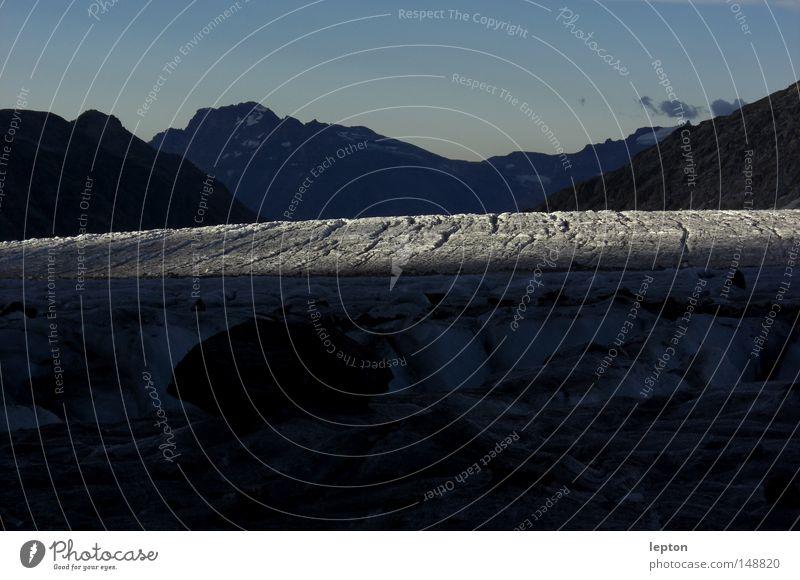 Furchen Natur weiß kalt Schnee Berge u. Gebirge Eis Schweiz Alpen Riss Furche Schnellzug Bergsteigen Gletscher Tal Gletscherspalte gerissen