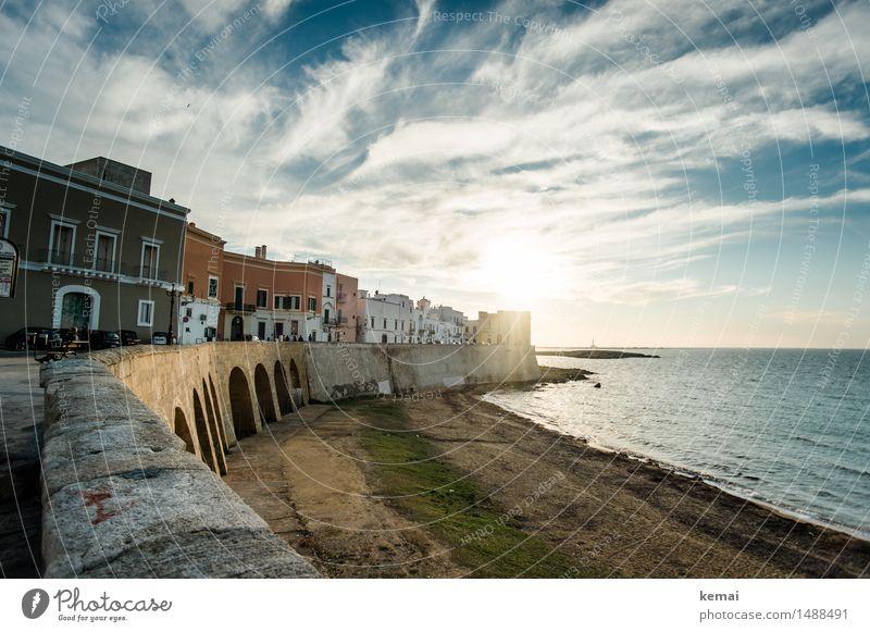 Abends in Italien Himmel Ferien & Urlaub & Reisen schön Sommer Sonne Meer Wolken ruhig Haus Strand Wand Gefühle Mauer außergewöhnlich Freiheit Tourismus