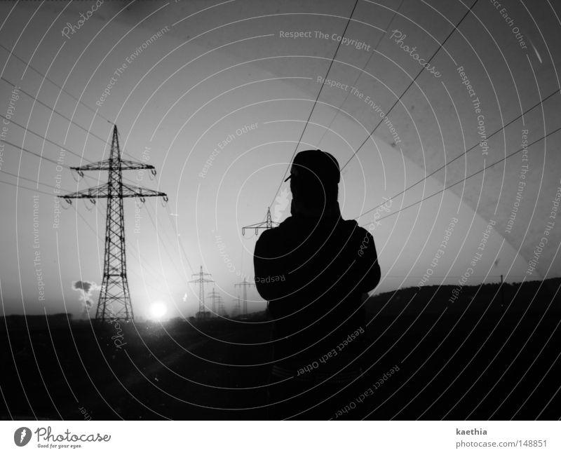 unbekannter sonnenanbeter Sonne Mann Erwachsene Linie dunkel Energie Strommast Elektrizität Kontrast Himmel Umwelt Technik & Technologie Energiewirtschaft