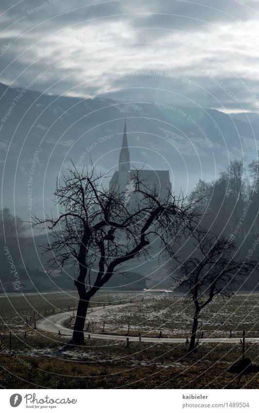Bergsegen Natur Ferien & Urlaub & Reisen Baum Landschaft Wolken Winter Berge u. Gebirge Wege & Pfade Schnee Tourismus Feld wandern Kirche Alpen Dorf Wahrzeichen