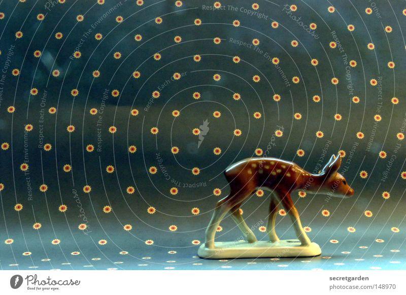 kitsch as kitsch can. Natur Weihnachten & Advent schön Tier Farbe Einsamkeit Wege & Pfade klein Kunst Hintergrundbild gehen Muster Angst laufen