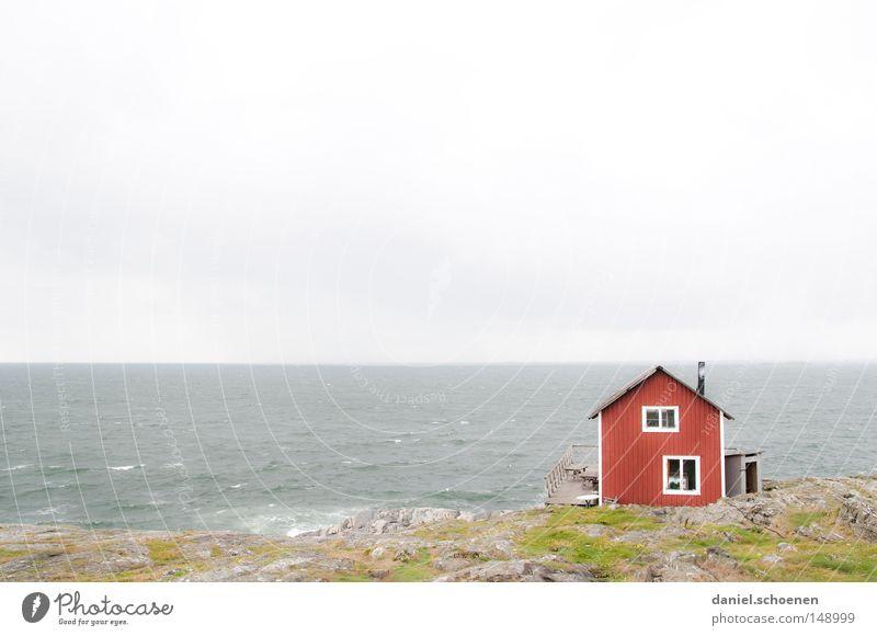 Schwedenhütte Wasser Himmel Sonne Meer blau rot Sommer Ferien & Urlaub & Reisen ruhig Haus Ferne Farbe Erholung Holz See Gebäude