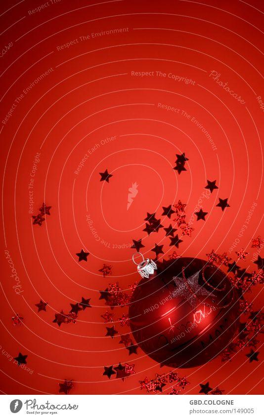 Weihnachtskarte zum selbst beschriften Weihnachten & Advent weiß rot Winter hell Glas glänzend Stern (Symbol) rund Dekoration & Verzierung Kugel Christbaumkugel Feiertag zerbrechlich Glitter