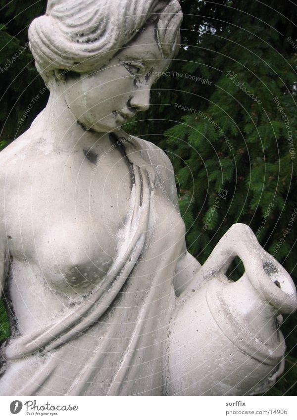 Madame Withe Skulptur Frau Mensch Garten