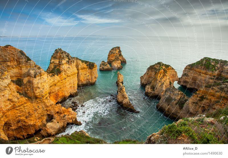 Algarve Küste südportugal Umwelt Natur Landschaft Urelemente Sand Wasser Himmel Horizont Felsen Wellen Strand Bucht Meer Atlantik Felsenküste Lagos Portugal