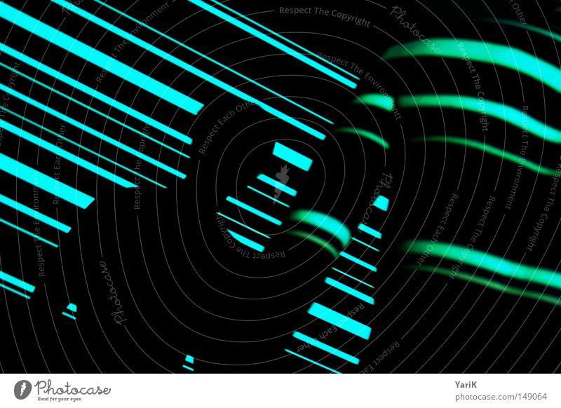 schnittmenge Licht Mann Oberkörper Streifen mehrfarbig Lichtspiel Linie Barcode Farbenspiel Wand schwarz Schatten Schlagschatten horizontal zeigen deuten Hand