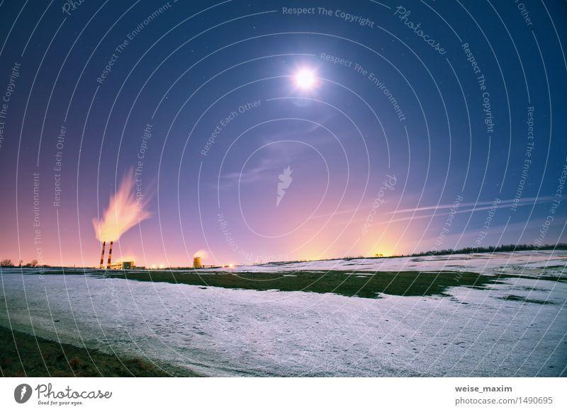 Kraftwerk in der Nacht Winter Schnee Lampe Fabrik Industrie Landschaft Pflanze Himmel Nachthimmel Stern Mond Wiese Feld Kleinstadt Stadt Gebäude Tube blau gelb