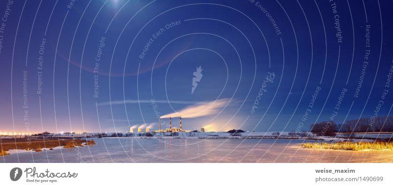 Kraftwerk in der Nacht Winter Schnee Lampe Fabrik Industrie Landschaft Pflanze Wasser Himmel Nachthimmel Stern Horizont Mond Gras Sträucher See Kleinstadt Stadt