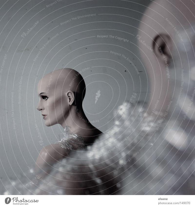 ::PLASTIC WORLD:: Mensch Tod bewegungslos Statue Kunststoff Puppe grau gefühlsarm ungesund