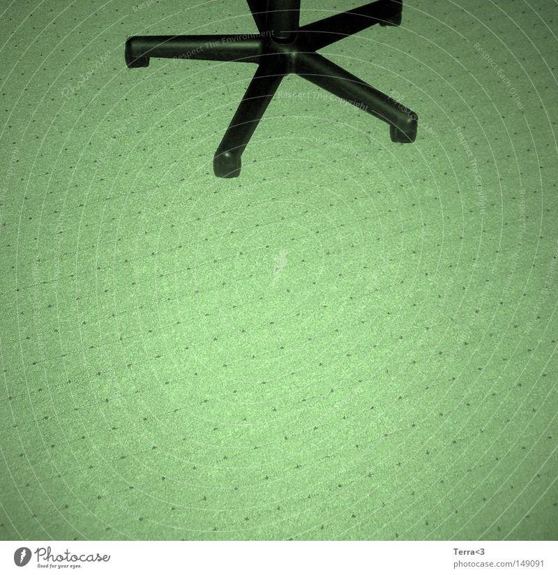 Vierbeinig Drehstuhl Schweden schwarz bequem Sessel Chefsessel Leder Beine 4 Spinne Rolle rollen Auslegware Stoff grün Arbeit & Erwerbstätigkeit