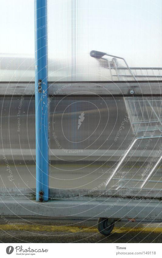 Leihwagen grün blau Metall warten Verkehr trist Güterverkehr & Logistik Dach Kunststoff Ladengeschäft Euro parken Gitter Garage Ödland Stab