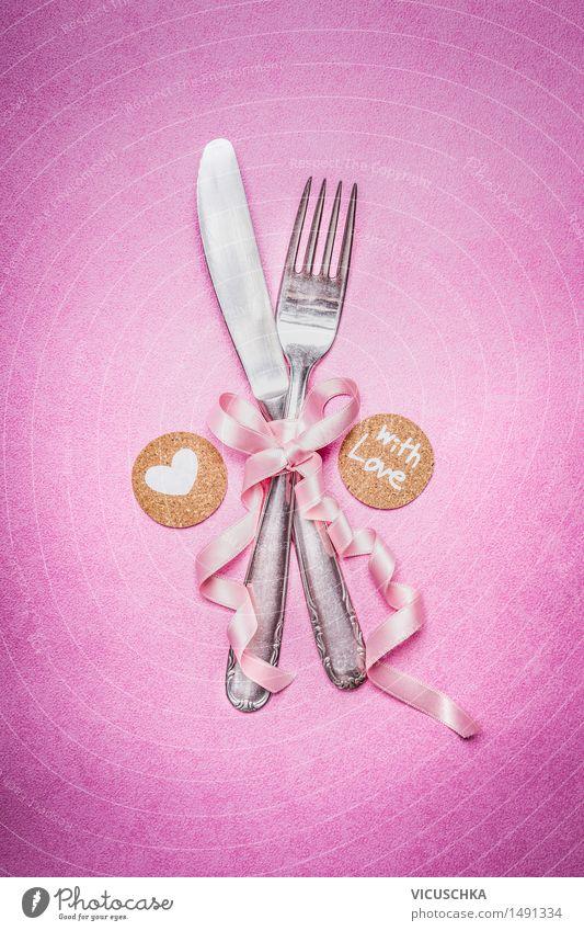 Romantischen Tisch Gedeck mit Dekoration Festessen Messer Gabel elegant Stil Wohnung Dekoration & Verzierung Veranstaltung Restaurant Feste & Feiern