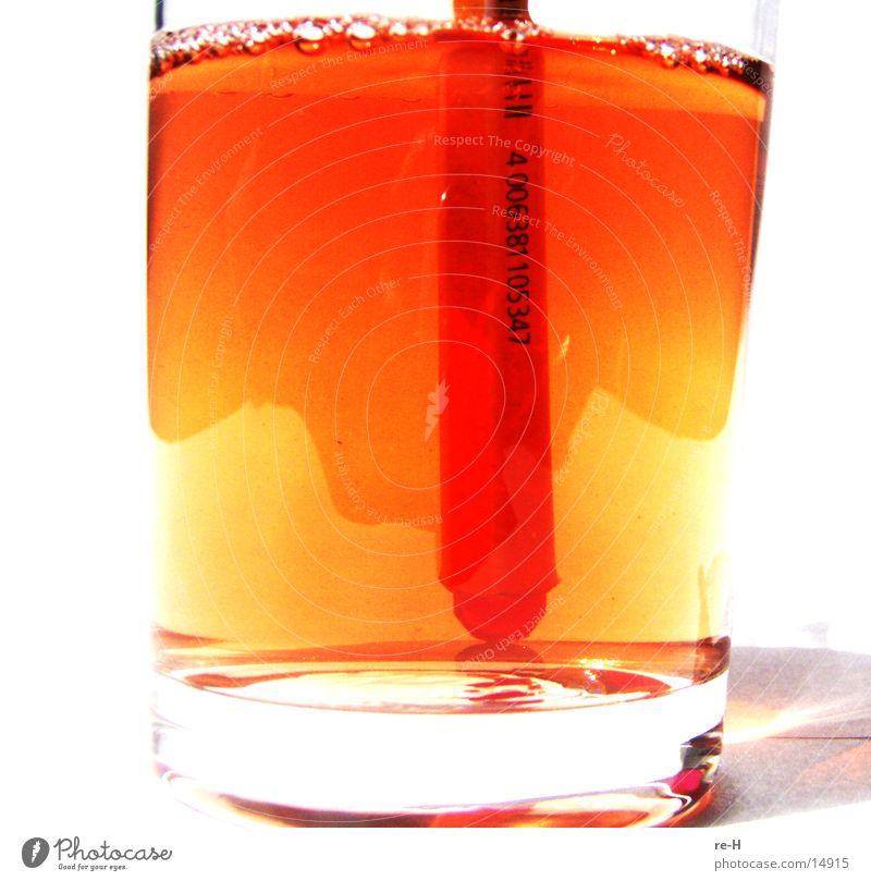 bar - code Glas trinken Alkohol Getränk durchleuchtet