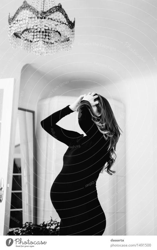Mama fertig machen Jugendliche schön Junge Frau Erholung Erotik Freude Winter Erwachsene Leben Liebe Innenarchitektur Gefühle feminin Stil Glück Lifestyle