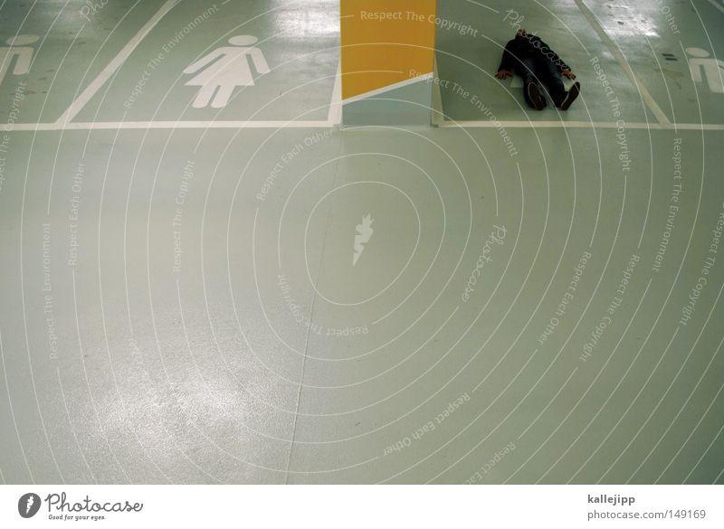 00 Parkplatz Frauenparkplatz Parkhaus leer Raum Örtlichkeit Mann Piktogramm Schilder & Markierungen Zeichen Leitsystem Orientierung Mensch Physis Wetter