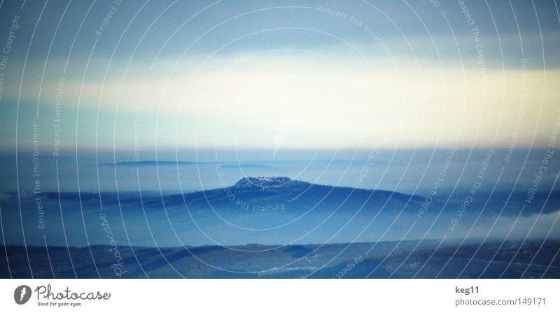 ... schön Himmel weiß Baum Sonne blau Freude Winter Wolken Wald kalt Schnee Berge u. Gebirge Stimmung Feld Nebel