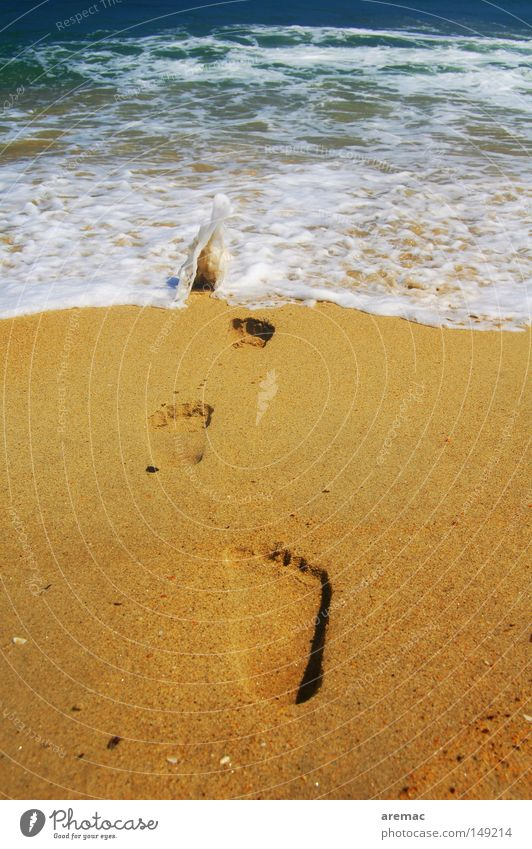 Auf und davon Natur blau Wasser schön Ferien & Urlaub & Reisen Sommer Meer Strand Landschaft Spielen Graffiti Sand Küste Wellen Hintergrundbild Tourismus