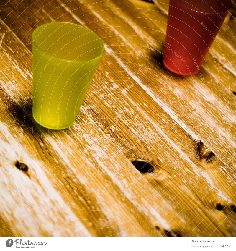 Leer grün rot Holz leer Tisch Getränk Küche Gastronomie Holztisch Durst Saft Becher