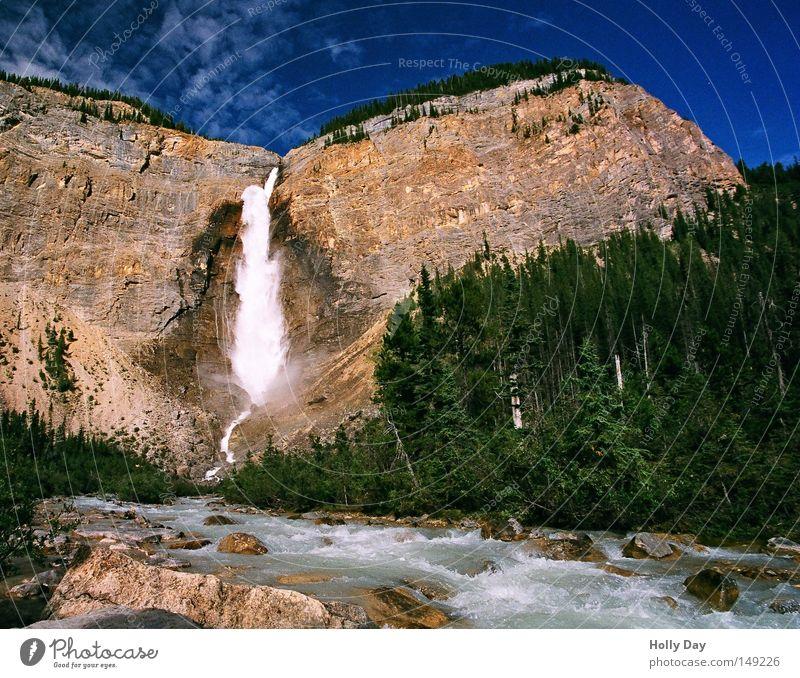 Die wunderbaren Fälle Wasser Himmel Baum blau Ferien & Urlaub & Reisen Wald Berge u. Gebirge wandern Felsen hoch Fluss Aussicht fallen Kanada tief Sturz