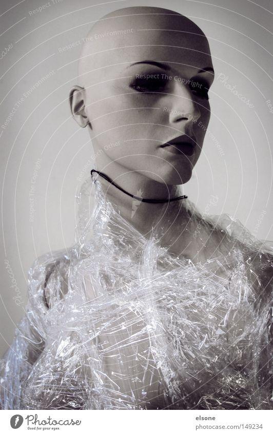 ::NUMB:: Skulptur Kunststoff Statue Mensch Tod gefühlsarm Frau feminin Glatze Puppe Figur Porträt