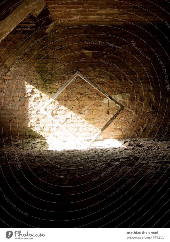 FENSTERRAHMEN alt weiß schön Sonne Einsamkeit ruhig Fenster dunkel Tod Wand Wärme Architektur Mauer Gebäude lustig Denken